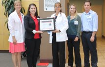 Northern Nevada Medical Center recibe el premio Mission: Lifeline Gold Receiving Achievement Award